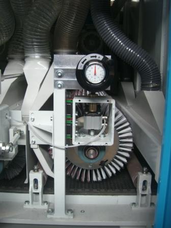 Bürsten- Strukturier- Glätt- Maschinen (9)