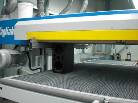 Hochglanz- Doppelband- Schleifmaschinen (1)