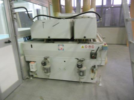 Lackierroboter mit Hochtrockner und UV Polymerisation (3)