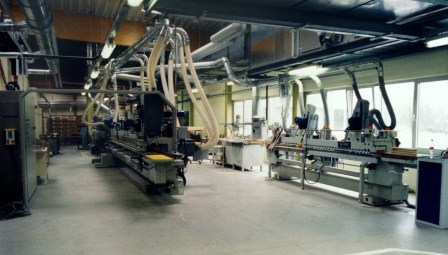Schubkasten, Massivholz Fräs- Schleif- Beschichtungsanlage (2)